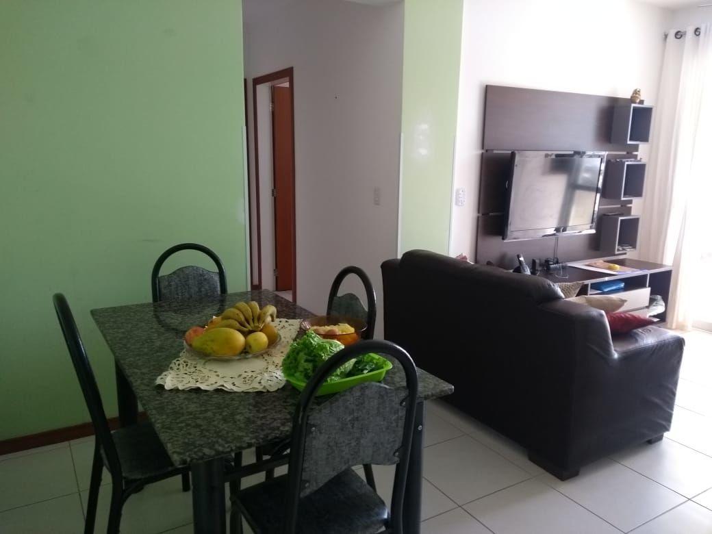 Sala de estar e jantar.